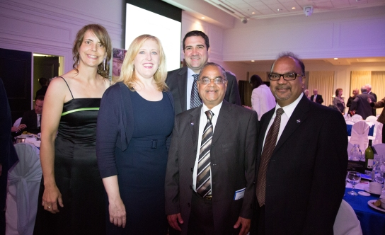 peo-oakville-chapter-with-lisa-raitt-sept-17-2013